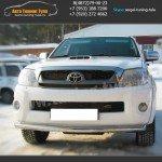 Защита переднего бампера d63 Тойота Hilux