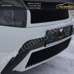 :: Renault Duster Решетка на бампер Bentley Style