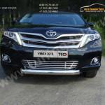 Накладки на решетку бампера d12 Toyota VENZA 2013+