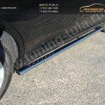 Пороги d75х42 овальные с проступью  Toyota VENZA 2013+