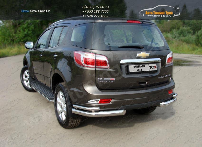 Защита заднего бампера d76,1/42,4мм уголки двойные Chevrolet Trailblazer 2013+ /арт.719-3