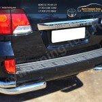 Защита заднего бампера уголки d76(секции) d63 (секции)Toyota LC 200 с 2012г.в.