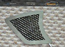 Накладка на противотуманки 2шт. THX 12-06 вар.2 TOYOTA HILUX 2012+ /арт.363-9
