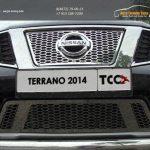 Решетка радиатора верхняя и нижняя лист Nissan Terrano 2014