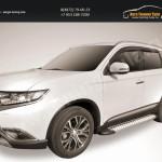 """Пороги алюминиевые """"Standart Silver"""" 1700 серебристые Mitsubishi Outlander 2015"""