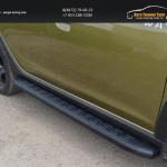 Пороги алюминиевые с пластиковой накладкой (карбон черные) 1720 мм Renault Sandero Stepway 2014+