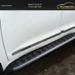 Пороги алюминиевые с пластиковой накладкой (карбон серебро) 1720 мм TOYLC20015-13SL TOYOTA LC 200 2015+