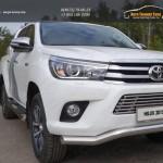 Пороги овальные с накладкой 120х60 мм Toyota Hilux 2015