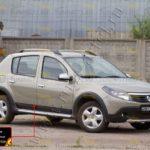 Молдинги на двери широкие Renault Sandero Stepway 2009-2013